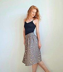 Sukne - Dámska sukňa Eliz - šedá so zlatou rastlinnou potlačou - 13493224_