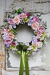 Dekorácie - Venček ružovo - fialový - 13494152_