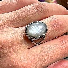 Prstene - Grey Moonstone AG925 Filigree Ring / Strieborný filigránový prsteň so šedým mesačným kameňom - 13497646_