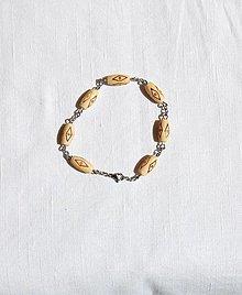 Náramky - Náramok z dreva 2 - 13498221_