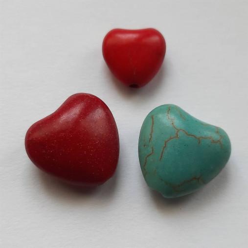 Prírodný kameň howlit-srdce-1ks