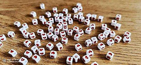 Korálky - Korálky srdiečka 6x6 červené - 13507736_