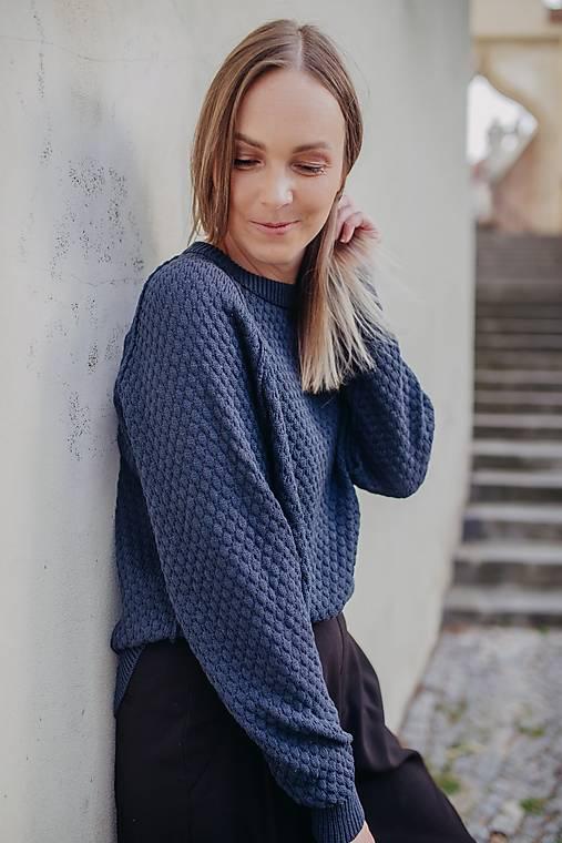 Svetre/Pulóvre - Obojstranny sveter MADEIRA tmavomodrý (M-L - Modrá) - 13505693_