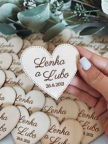 Darčeky pre svadobčanov - Magnetky pre svadobných hostí srdiečko - 13510712_