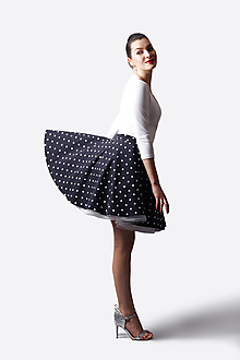 Sukne - Sukňa kruhová čierno biela bodka - 13514285_