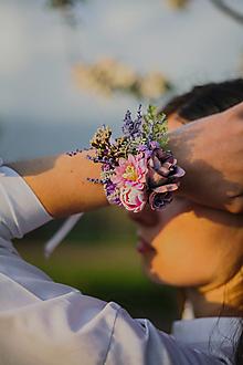 """Náramky - Kvetinový náramok """"dotyky pri stmievaní"""" - 13512301_"""