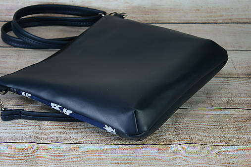 modrotlačová kabelka Dara tmavomodrá 1