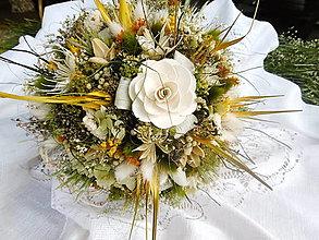Dekorácie - Väčšia kytica s jedným kvetom - 13516804_