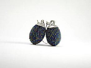 Náušnice - Háčkované korálkové náušnice Olivy Blue Iris - 13516372_