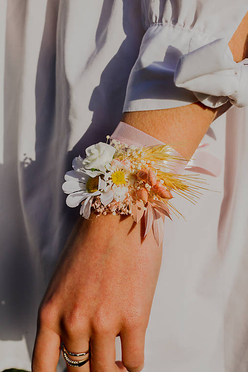 """Kvetinový náramok """"nežná margarétka"""""""