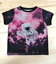 Detské oblečenie - Vesmírne - 13522321_
