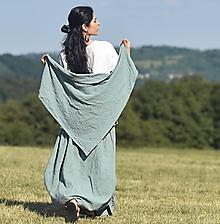Šatky - Šátek z vyšívaného mušelínu - zelený - 13538844_