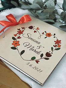 Papiernictvo - Svadobná kniha hostí, drevený fotoalbum -  venček17 - 13540906_