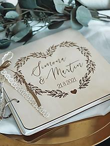 Papiernictvo - Svadobná kniha hostí, drevený fotoalbum - Srdce - 13540920_