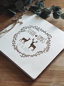Papiernictvo - Svadobná kniha hostí, drevený fotoalbum - jelene - 13540924_