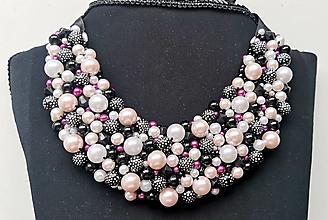 Náhrdelníky - Perličkový náhrdelník Luxurious - 13541460_