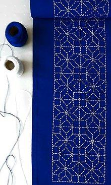 Úžitkový textil - Vyšívaný obrus stredový - modrý, 20 x 138 - 13543008_