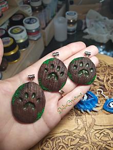 Náhrdelníky - Drevené Amulety s Packov, Mačacia Packa, Psia Packa - 13544505_