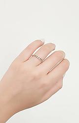 Prstene - Strieborný prsteň - 13551350_