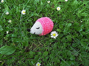 Hračky - Milý mäkučký háčkovaný ježko - ružový - 13550482_
