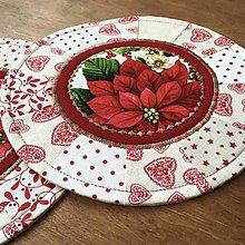 Úžitkový textil - prestierania s kvetinkou - 13549675_