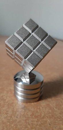Drobnosti - Ťažítko rubikova kocka dural - 13552637_