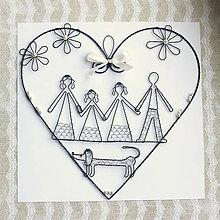 Tabuľky - rodina v srdci s jazvečíkom - 13555568_