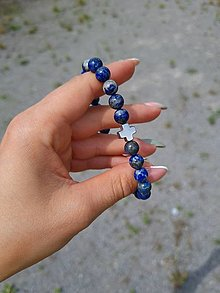 Šperky - Pánsky náramok Lapis Lazuli s krížikom - 13558712_