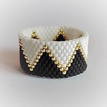 Prstene - Prsteň - dvojfarebný so zlatou vlnovkou - 13558721_