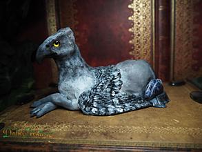 Dekorácie - Griffin so Sodalitom - 13558364_