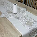 Úžitkový textil - REBEKA - biele mandaly na béžovom melíre - stredový obrus  (135 cm x 40 cm) - 13562109_