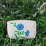 Peňaženky - Vyšívaná peňaženka - nevädza - 13566472_