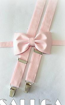 Doplnky - Svetlý ružový pánsky motýlik a traky - set - 13569048_