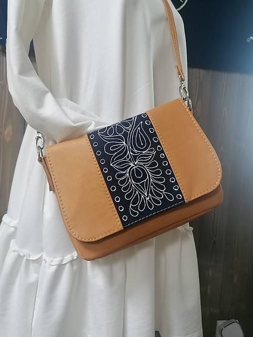 Modrotlačová kožená kabelka Eliška AM 1