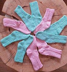 Iné oblečenie - Zelené a ružové ponožky - 13574472_