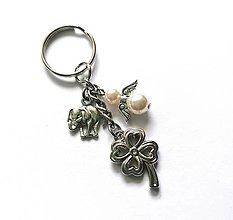 """Kľúčenky - Kľúčenka """"štvorlístok"""" s anjelikom (krémová) - 13575143_"""