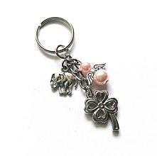 """Kľúčenky - Kľúčenka """"štvorlístok"""" s anjelikom (ružová svetlá) - 13575158_"""