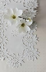 Úžitkový textil - Richellieu - Kvety- biela,  90 x 34 cm - 13575610_