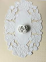 Úžitkový textil - Richelieu _ Ruže - biela, 35 x 55 cm - 13575795_
