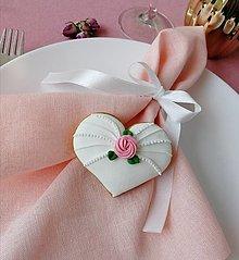 Darčeky pre svadobčanov - Medovník ruža II. - 13576684_