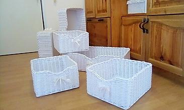 Košíky - Boxy šatníkové DENISKA 32 x 37, v-19 - 13576822_