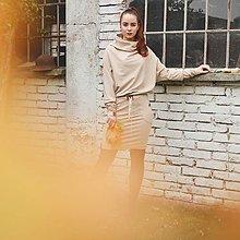 Šaty - Sportovní šaty Contrast (bežová) - 13580072_