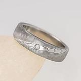 Prstene - Kovaný zásnubný alebo snubný prsteň s diamantom - Prima dřevo - 13589937_