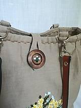 Kabelky - Ručne vyšívaná kabelka - 13597084_