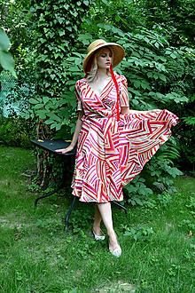 Šaty - Hodvábne zavinovacie šaty s farebným geometrickým vzorom - 13596995_
