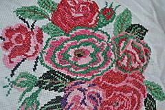 Obrázky - Vyšívaný obrázok Kytica ruží 30x20 cm - 13601167_