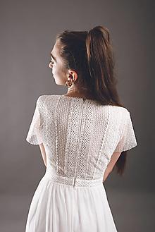 Šaty - Svadobné šaty z geometrickej krajky a Áčkovou sukňou - 13606046_