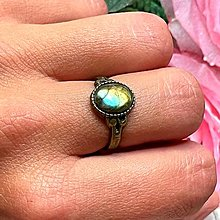 Prstene - Bronze Labradorite Ring / Vintage prsteň s labradoritom - 13607629_