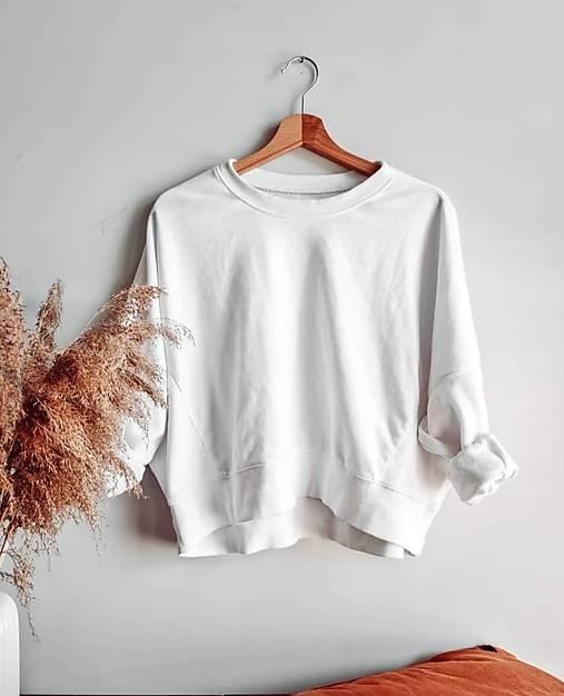 Iné oblečenie - Custom upcyklovaný kúsok - 13608884_