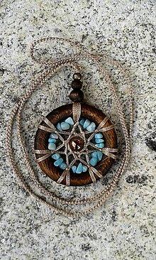 Náhrdelníky - Makramé náhrdelník Mandala rovnováhy životnéj energie - 13611812_